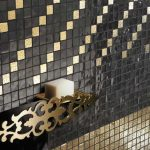 Zlato/črn mozaik