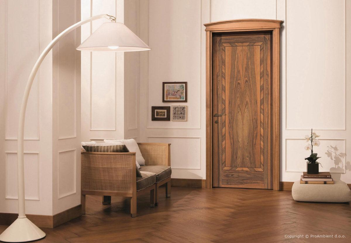 Klasicna Vrata Oreh stilno stavbno pohištvo